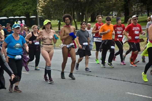 2015 San Francisco Bay to Breakers - TAN Magazine - The Australian Naturist Magazine